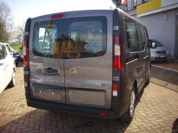 VIVARO2 620x465 IL TEMPO LIBERO HA STILE. Provata la nuova generazione del Vivaro Trasporto Persone.