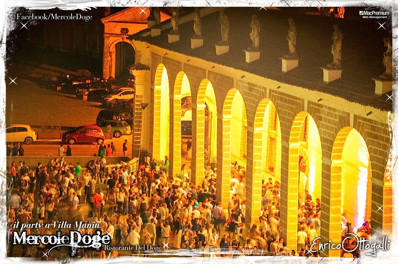 mercoledoge 01 22.07.2015   MercoleDoge a Villa Manin. Il party da conti.