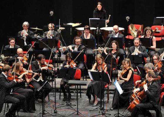 mitteleuropa orchestra Anche la MITTELEUROPA ORCHESTRA per la grande finale di PERCOTO CANTA. Star in giuria LODOVICA COMELLO