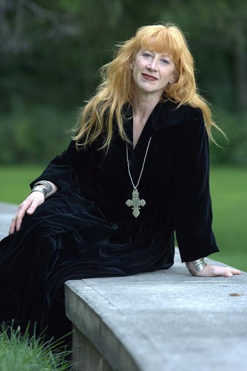 "loreena mckennitt LOREENA MCKENNITT ""A Trio performance"""
