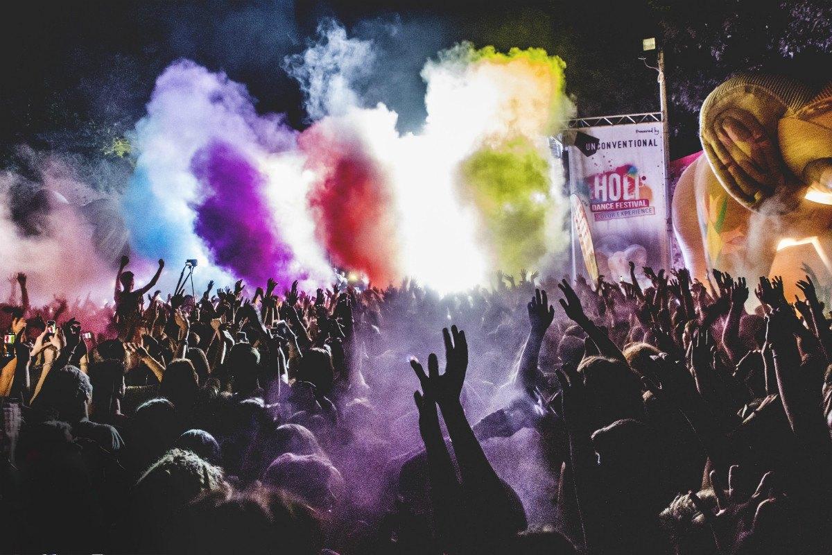 holi dance festival @ mirabilandia 2019